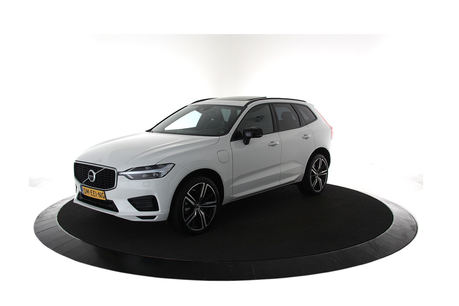 Volvo XC60 2.0 T8 Twin Engine AWD R-Design EX BTW