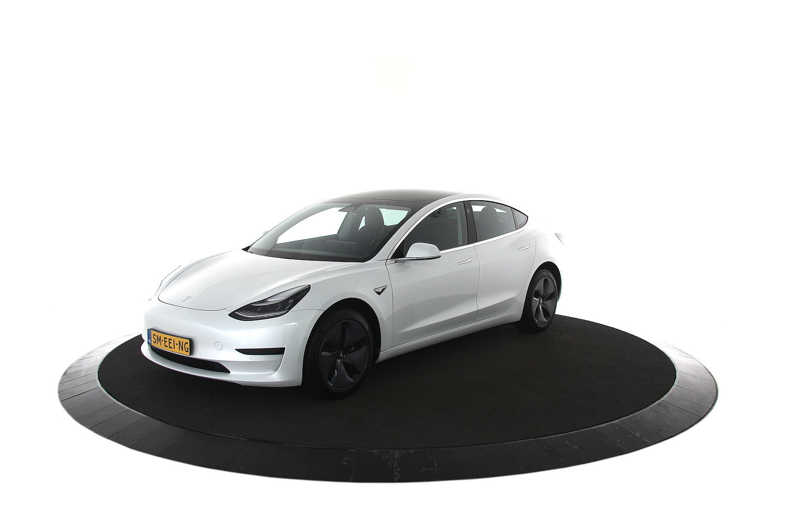 Tesla Model 3 Standard RWD Plus EX BTW