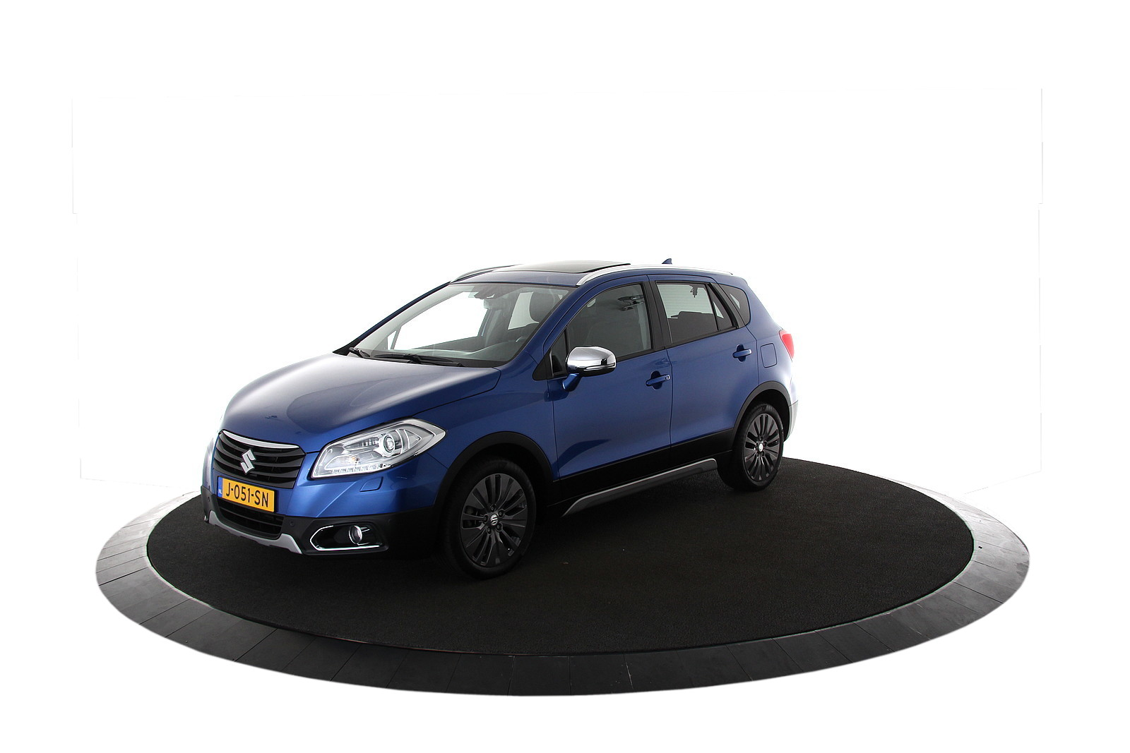 Suzuki S-Cross 1.6 High Executive