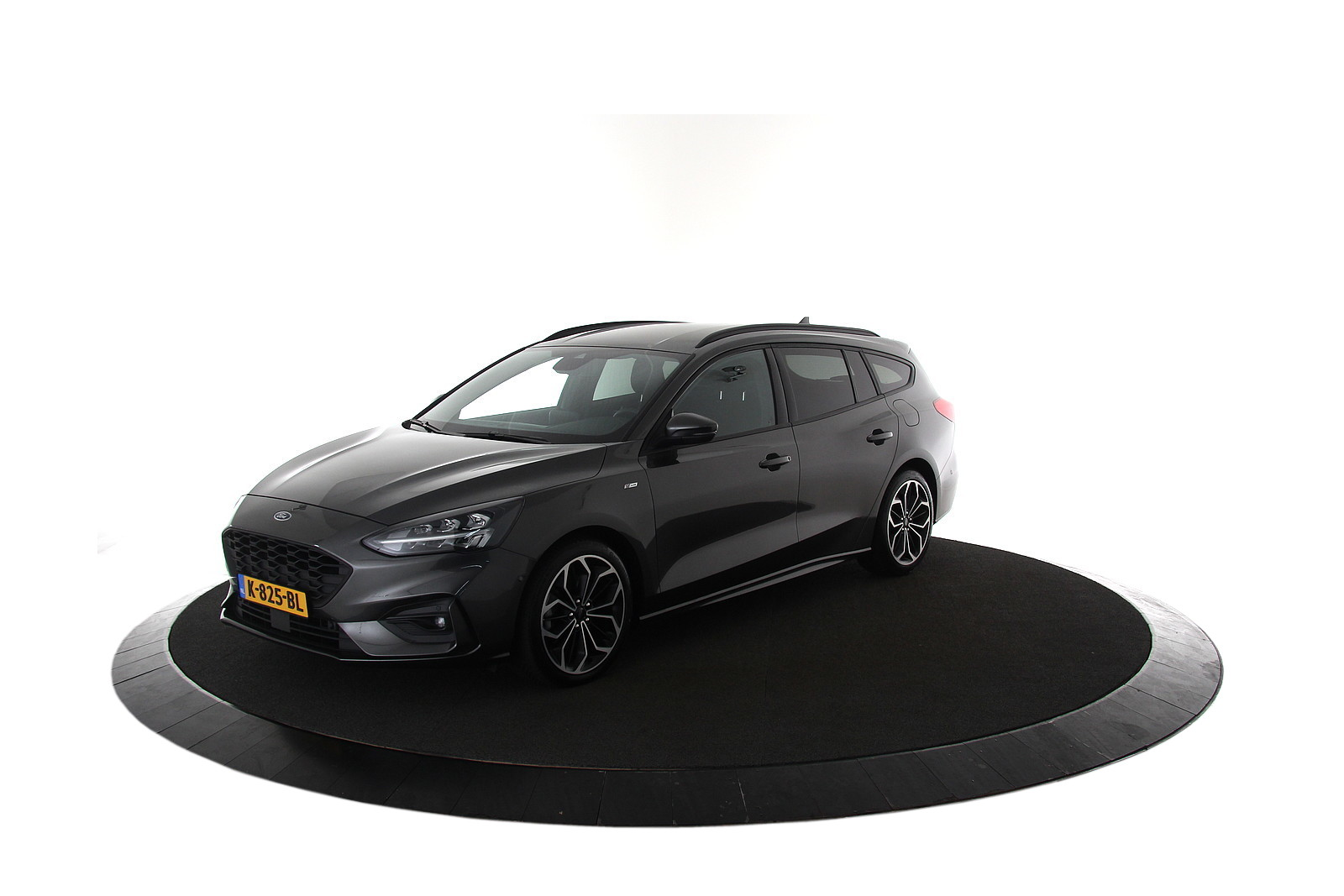 Ford Focus Wagon 1.0 EcoBoost ST-Line Automaat
