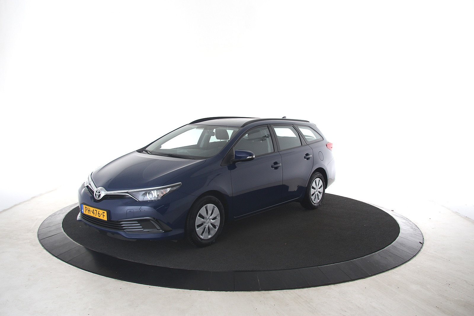Toyota Auris Touring Sports 1.3 Now